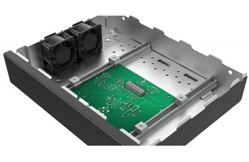 "Mounting Plate With Built-In Fan: 133 (H) x 19"" x 310 (D) mm"